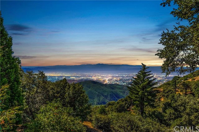 22879 Valley View Drive, Crestline, CA 92325