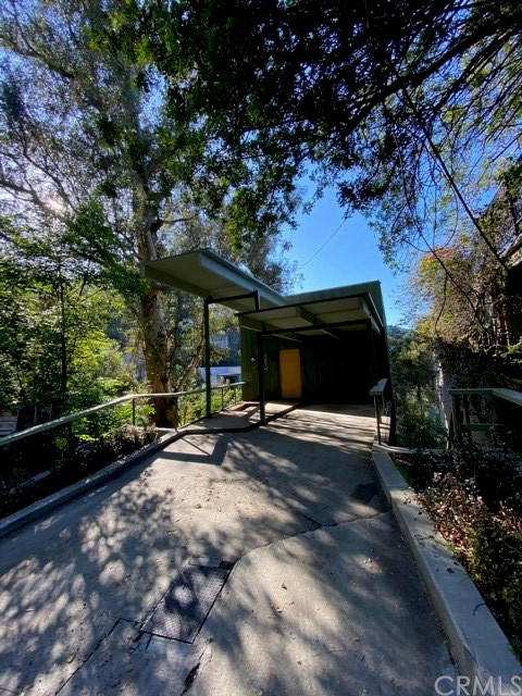 8874 Lookout Mountain Avenue, Hollywood Hills, CA 90046