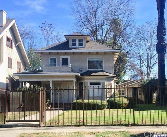 1248 Magnolia Avenue, Los Angeles, CA 90006