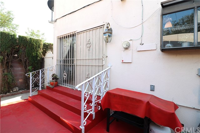 34. 10116 San Miguel Avenue South Gate, CA 90280
