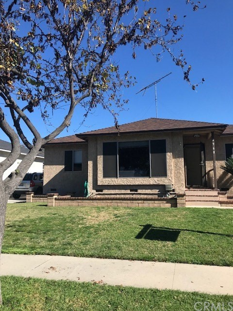 4960 Woodruff Avenue, Lakewood, California 90713, 3 Bedrooms Bedrooms, ,1 BathroomBathrooms,Residential,For Sale,Woodruff,OC20016875