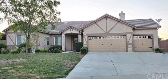 629 Almarie Way, Hemet, CA 92544