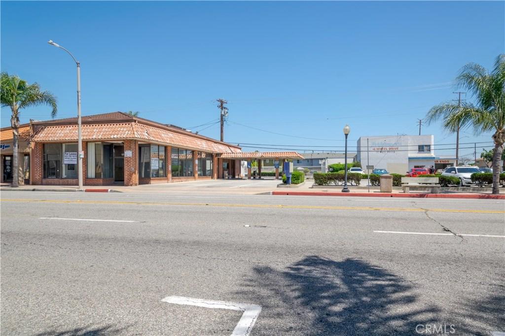 Photo of 17046 Bellflower Boulevard, Bellflower, CA 90706