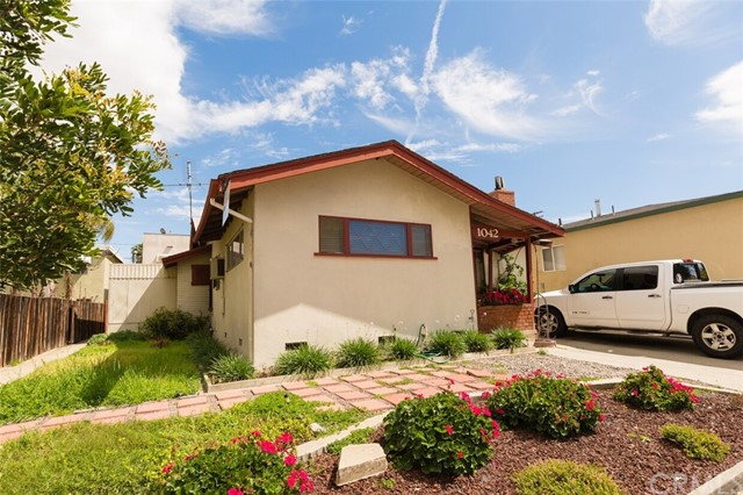 1040 Obispo Avenue, Long Beach, CA 90804