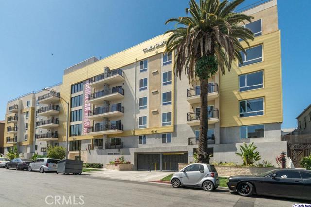 49. 2939 Leeward Avenue #602 Los Angeles, CA 90005