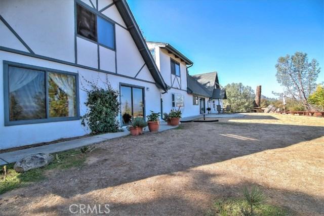 49695 Stillmeadow Lane, Oakhurst, CA 93644