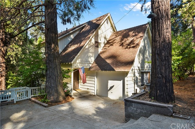 132 S John Muir Road, Lake Arrowhead, CA 92352