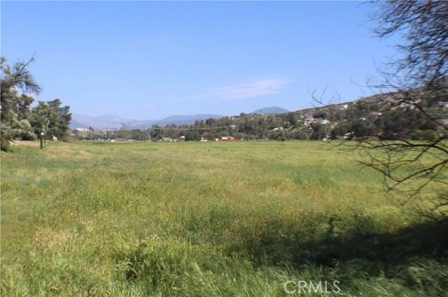 27530 Vista del Valle, Hemet, CA 92544