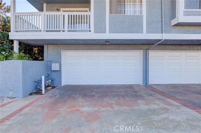 1607 Blossom Lane 1, Redondo Beach, California 90278, 3 Bedrooms Bedrooms, ,2 BathroomsBathrooms,For Sale,Blossom,SB21041581