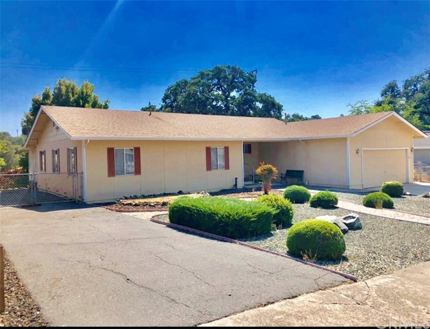 935 Page Dr, Lakeport, CA 95453