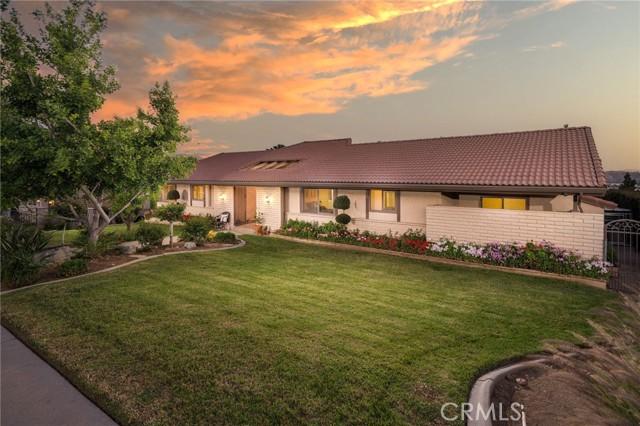 Photo of 814 Cloverview Drive, Glendora, CA 91741