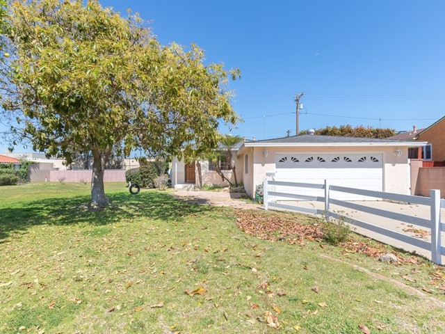 2421 Sebald Avenue, Redondo Beach, California 90278, 3 Bedrooms Bedrooms, ,1 BathroomBathrooms,For Sale,Sebald,SB19080953
