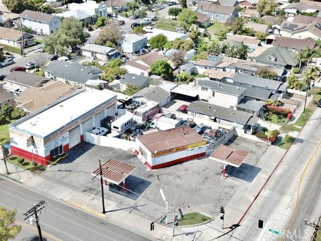 1805 W 5th Street, Santa Ana, CA 92703