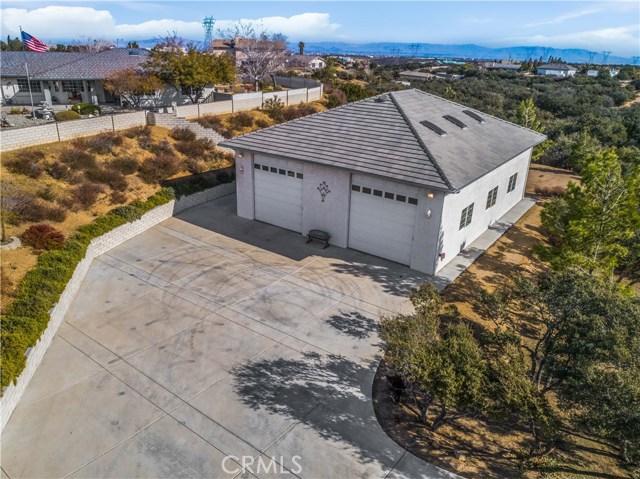 10260 Whitehaven St, Oak Hills, CA 92344 Photo 44