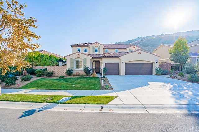 7413  Sanctuary Drive, Corona, California