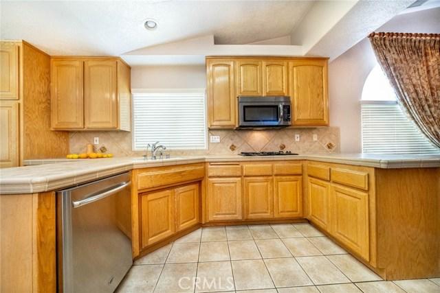 10788 Columbine Rd, Oak Hills, CA 92344 Photo 15