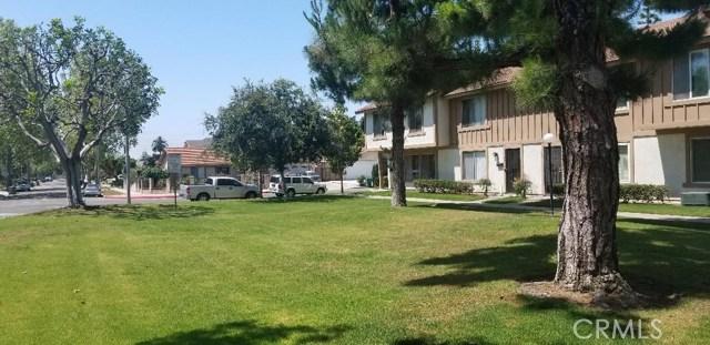 221 W Alton Avenue B, Santa Ana, CA 92707