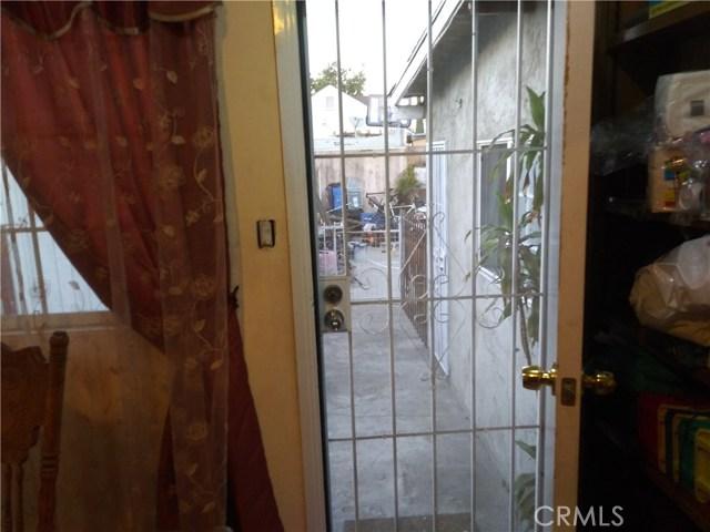 1139 W 69th St Street, Los Angeles, CA 90044