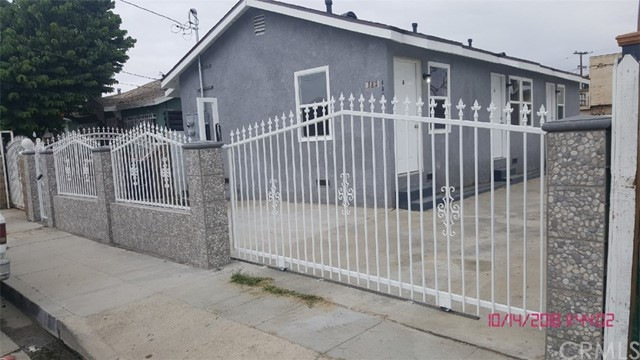 123 E Maple Street, Compton, CA 90220