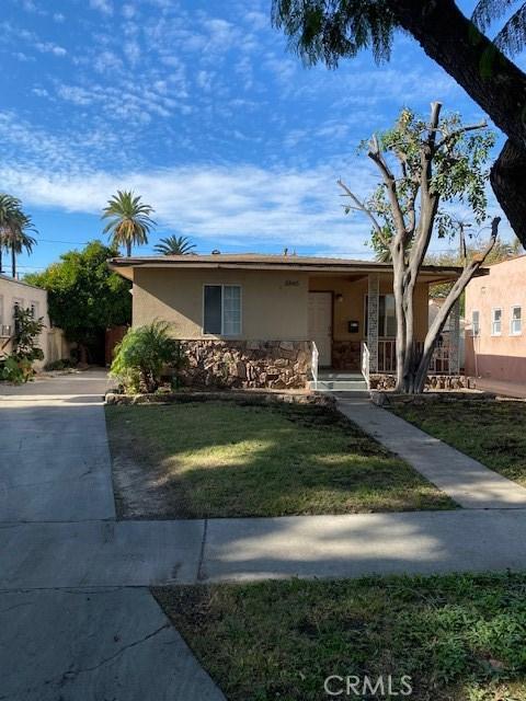 5845 Rose Avenue, Long Beach, CA 90805