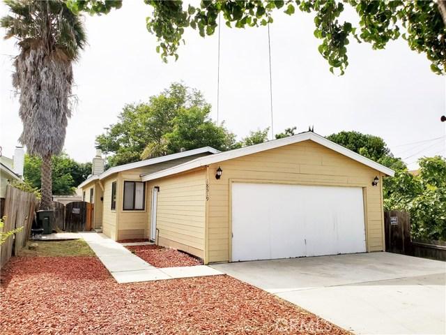 Single Family home with large yard in a nice Neighborhood