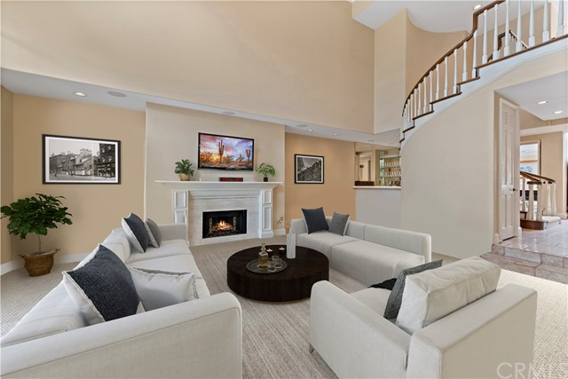 24 Chatham Court | Belcourt Towne Collection (BLTC) | Newport Beach CA