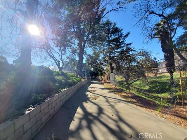Photo of 17715 W Kenwood Avenue, San Bernardino, CA 92407