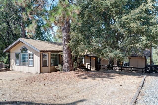 44555 Manzanita Drive, Oakhurst, CA 93644