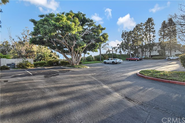 40. 17172 Abalone Lane #104 Huntington Beach, CA 92649