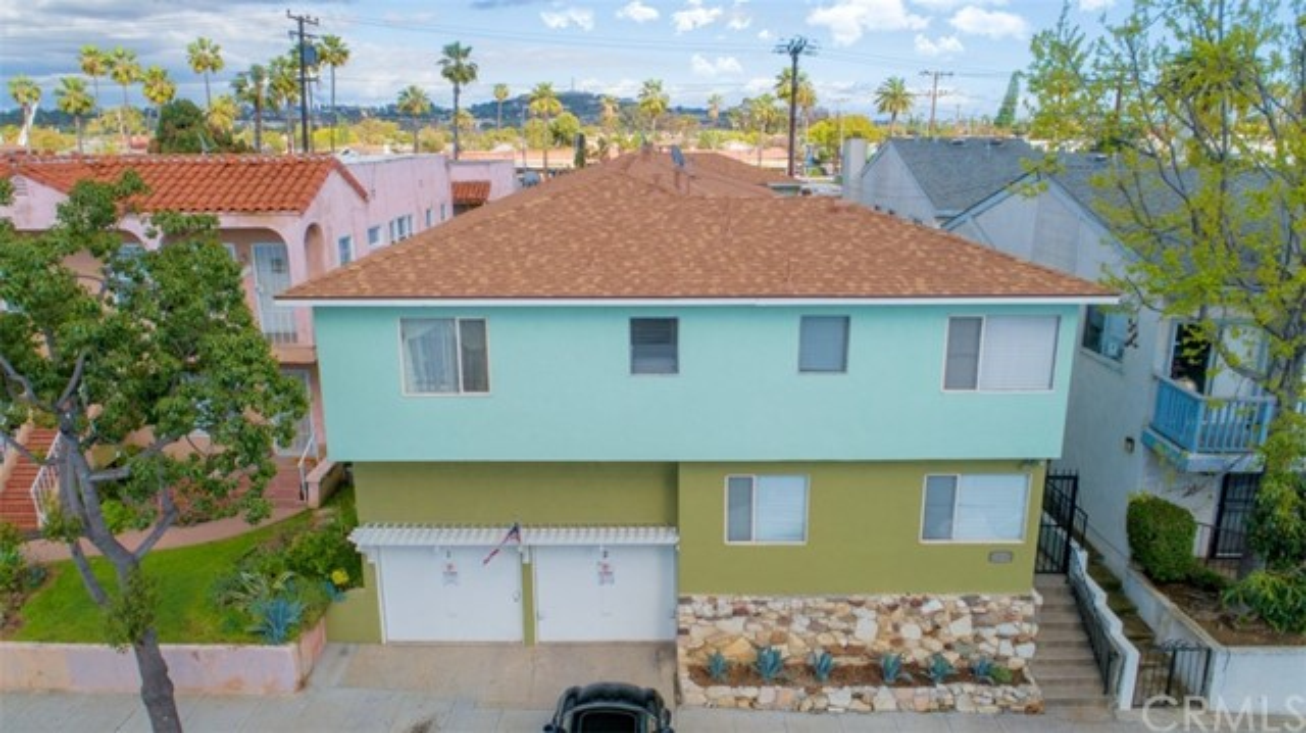 2210 Locust Avenue, Long Beach, CA 90806