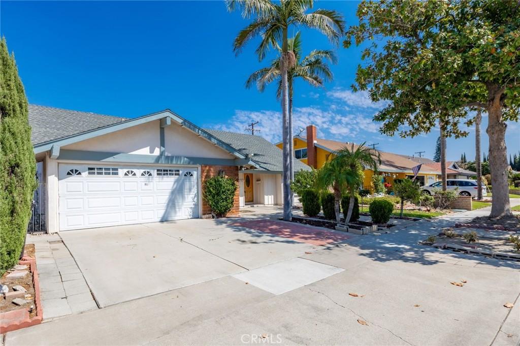 2703   E Dutch Avenue, Anaheim CA 92806