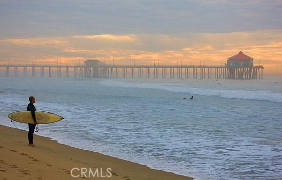 43. 15442 Columbia Lane Huntington Beach, CA 92647