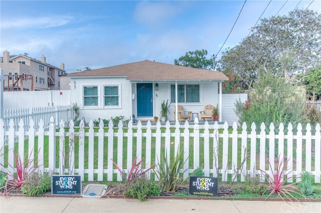 627 Acacia Avenue, El Segundo, California 90245, 3 Bedrooms Bedrooms, ,1 BathroomBathrooms,Single family residence,For Sale,Acacia,SB18216687