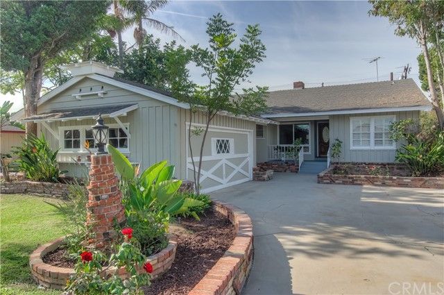 14711 Parron Avenue, Gardena, California 90249, 2 Bedrooms Bedrooms, ,1 BathroomBathrooms,Single family residence,For Sale,Parron,SB18280812