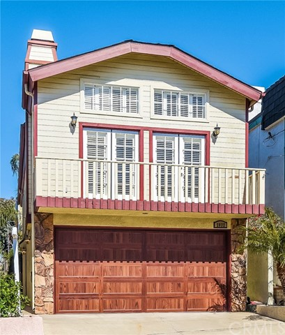 This well maintained Cape Cod styled home is located on a very desirable North Hermosa Hill Section Family street. This short block has a friendly feel with families and kids, neighbors walking pets, block parties and an elementary school around the corner. This is a fun street to live on, where you can really get to know your neighbors and make good friends. The location offers a sunny and airy west facing exposure with sunset and peak-a-boo ocean view.