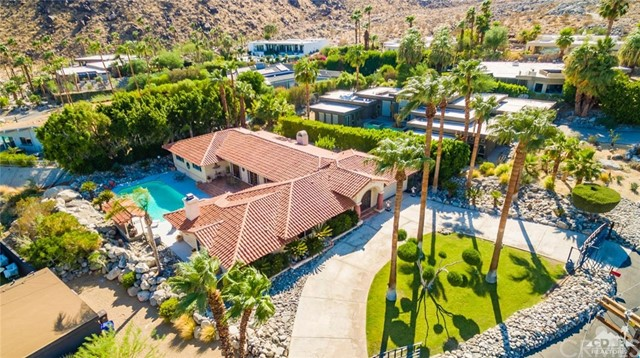 1033 W Chino Canyon Road, Palm Springs, CA 92262
