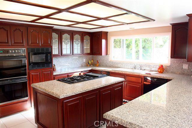 314 Avenue F, Redondo Beach, California 90277, 4 Bedrooms Bedrooms, ,4 BathroomsBathrooms,For Sale,Avenue F,S08142485