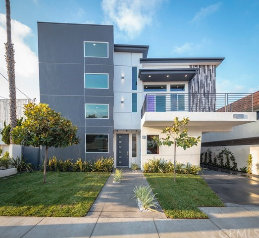 2307 Vanderbilt Lane A, Redondo Beach, California 90278, 4 Bedrooms Bedrooms, ,5 BathroomsBathrooms,For Sale,Vanderbilt,PV17232868