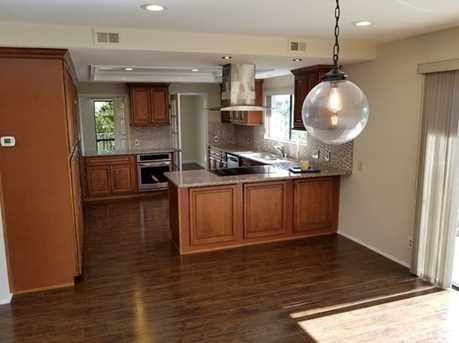 10 Coraltree Lane, Rolling Hills Estates, California 90274, 3 Bedrooms Bedrooms, ,2 BathroomsBathrooms,For Sale,Coraltree,PV18197093