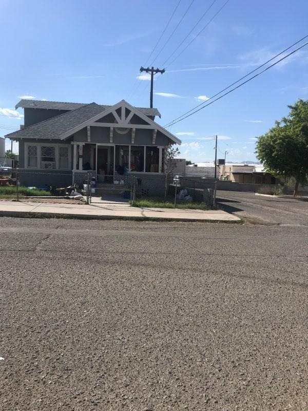 214 F Street, Needles, CA 92363