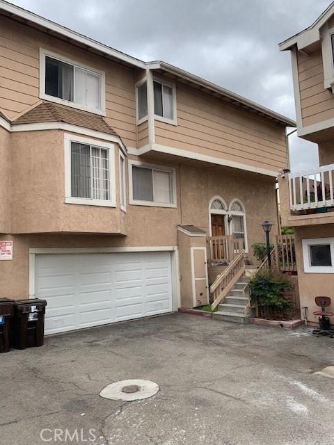 6010 Oak Street E, Huntington Park, CA 90255