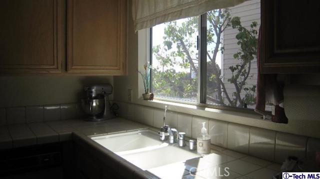 2706 Honolulu Av, Montrose, CA 91020 Photo 10