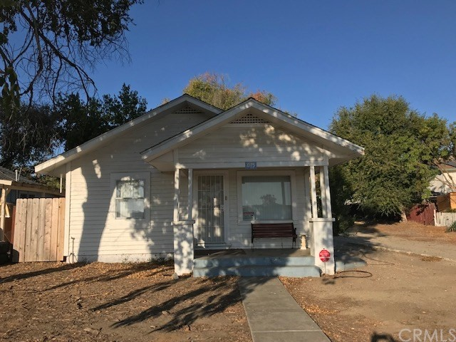 Property for sale at 1075 Mission Street, San Miguel,  California 93451