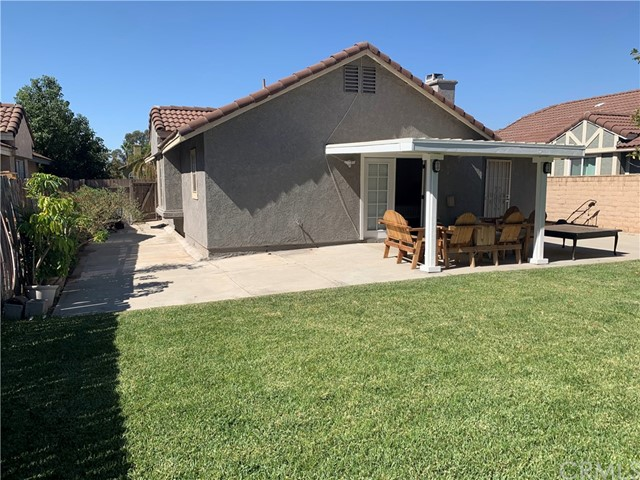11473 Homewood Place, Fontana CA: https://media.crmls.org/medias/526121bb-b480-4a49-bb9c-5513dbdcea86.jpg