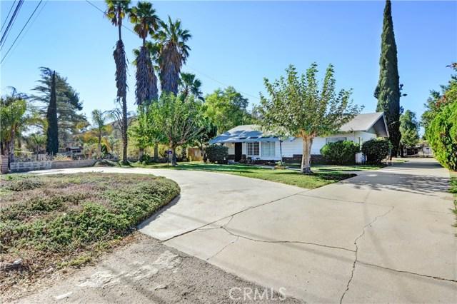 11142 Locust Avenue, Bloomington, CA 92316