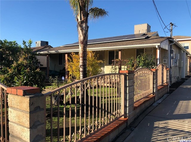 5247 Auckland Avenue, North Hollywood, CA 91601