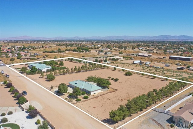 8055 Bandicoot A, Oak Hills, CA 92344