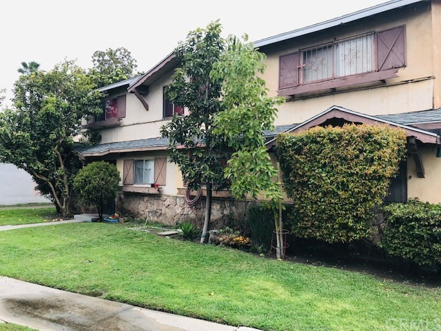 11 Wells Fargo Lane, Carson, CA 90745