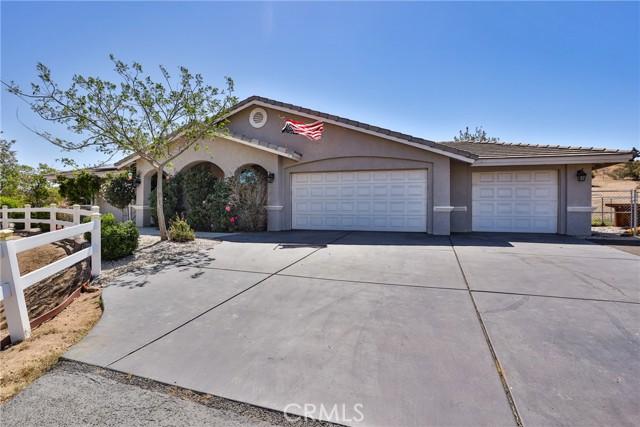 8071 Anaconda Av, Oak Hills, CA 92344 Photo 3