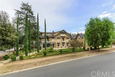 Photo of 565 Walnut Avenue, Redlands, CA 92373